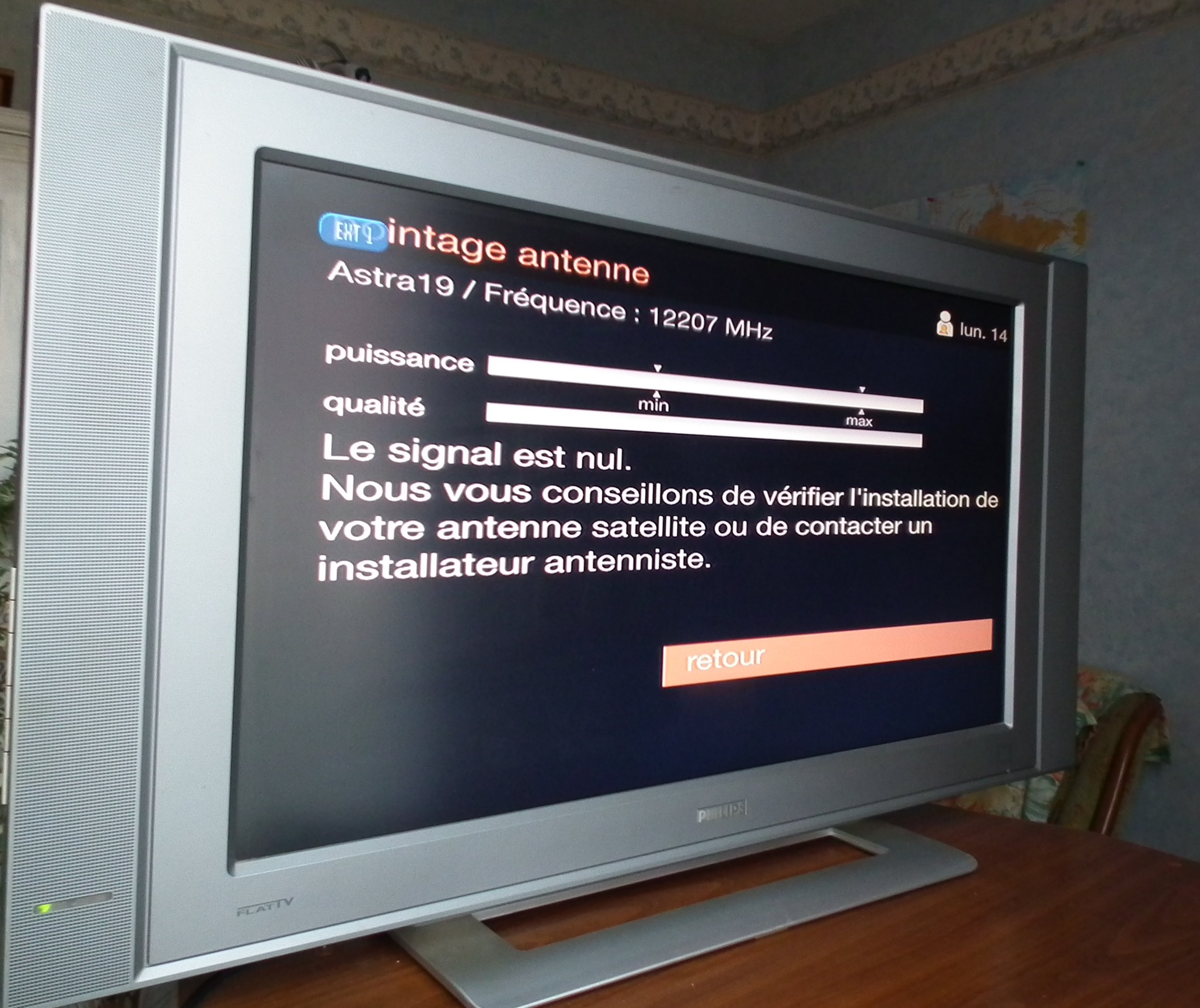 nouveau decodeur tv orange satellite. Black Bedroom Furniture Sets. Home Design Ideas