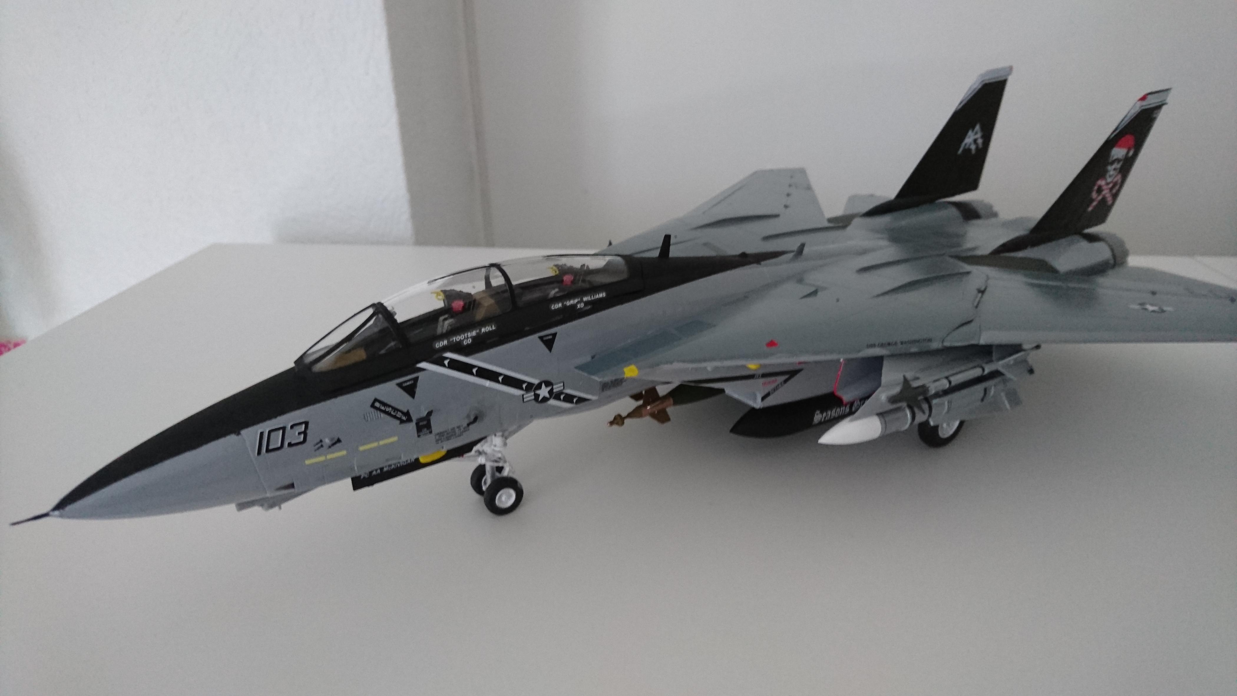F14 B 3-4 avant.JPG