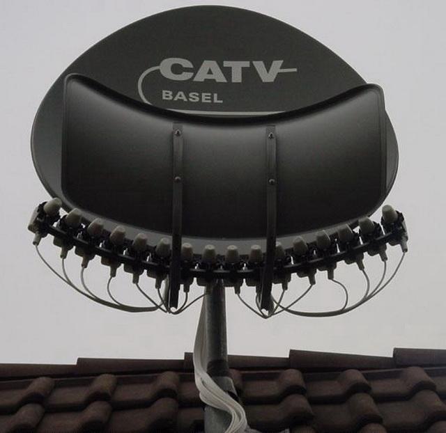 la tv d 39 orange par satellite avec le d codeur uhd9. Black Bedroom Furniture Sets. Home Design Ideas